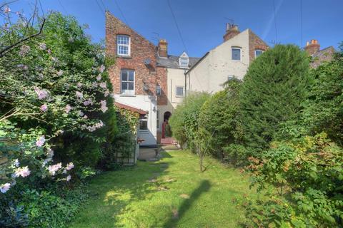 1 bedroom ground floor flat for sale - Blackburn Avenue, Bridlington, YO15 2ES