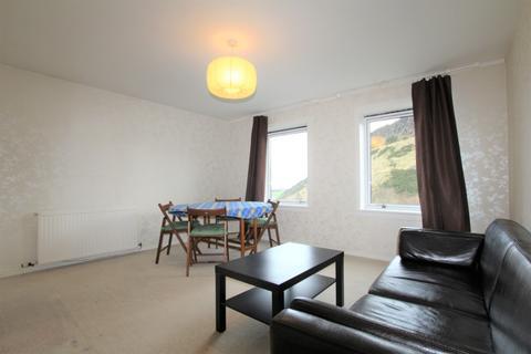 2 bedroom flat to rent - Viewcraig Gardens, Newington, Edinburgh, EH8 9UP