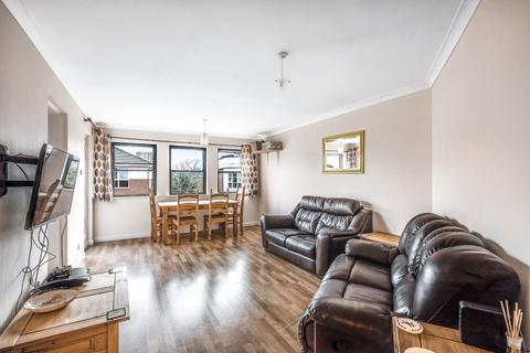 2 bedroom apartment to rent - Coombe Road Kingston Upon Thames KT2