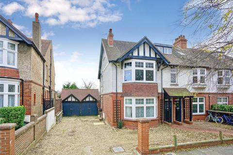 4 bedroom flat to rent - Wilbury Crescent, Hove, East Sussex, BN3