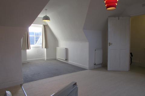 Studio to rent - Morrab Road, Penzance TR18