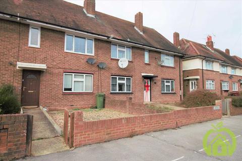 2 bedroom maisonette to rent - Chelmsford Avenue, Romford