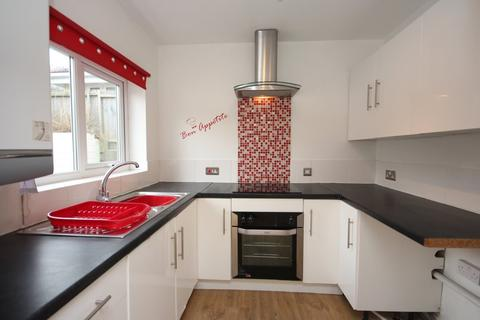 2 bedroom semi-detached house to rent - The Greebys, Paignton