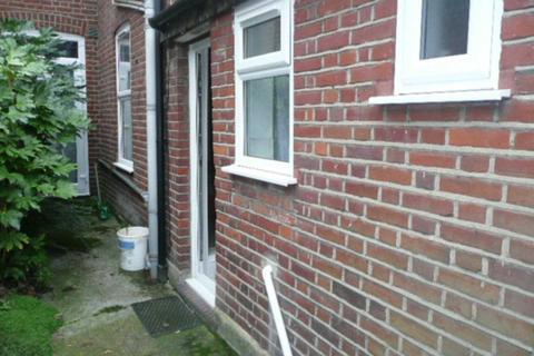 1 bedroom flat to rent - Cedar Road, Norwich