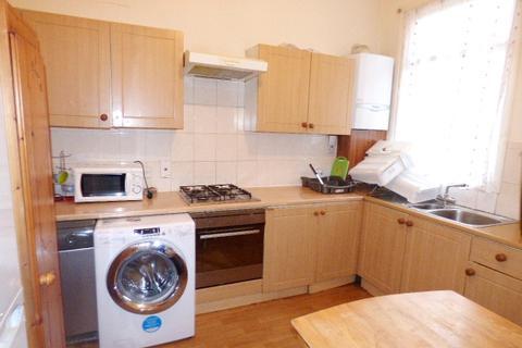 4 bedroom house to rent - Poppleton Road, Leytonstone  E11