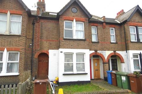 2 bedroom maisonette to rent - Parkfield Road, HARROW, Middlesex