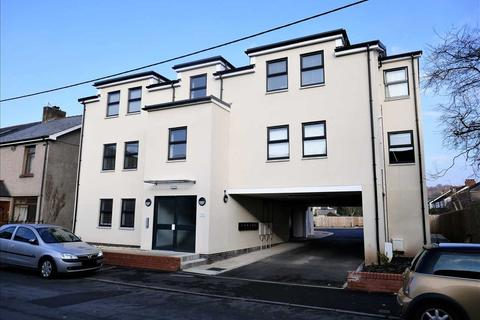 2 bedroom apartment for sale - Flat A Station Mews, 11 Cardiff Road, Cardiff