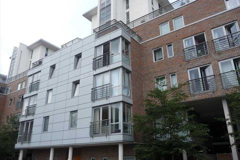 2 bedroom apartment to rent - Ramillies House, Cross Street, Portsmouth