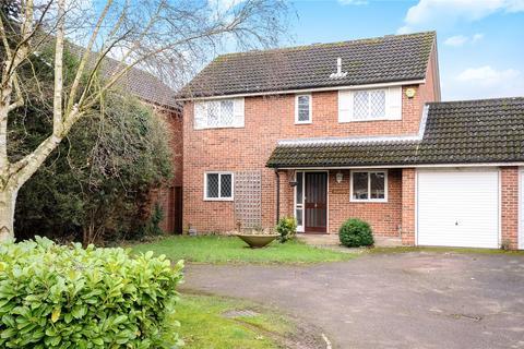 4 bedroom detached house to rent - Springfield Park, Maidenhead, Berkshire, SL6