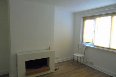 6 bedroom townhouse to rent - Leigh Park, Havant PO9