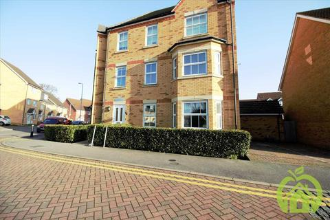 2 bedroom apartment to rent - Westminster Court, 5 Hyde Close, romford