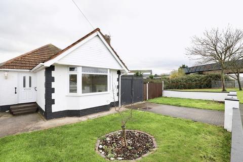 2 bedroom detached bungalow for sale - Archers Green, Prestatyn