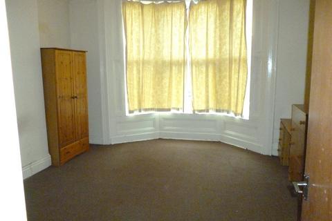 2 bedroom apartment to rent - Carlyle Road, Birmingham, B16