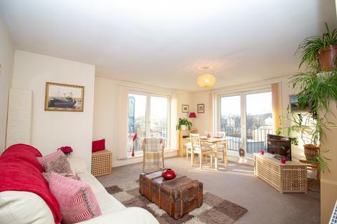 2 bedroom flat to rent - Sinclair Place, Gorgie, Edinburgh, EH11 1AG