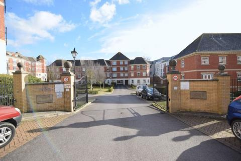 2 bedroom flat to rent - Davigdor Road, Hove