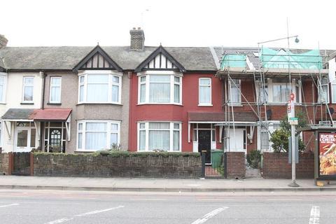 3 bedroom terraced house for sale - High Street South, E6 3RR