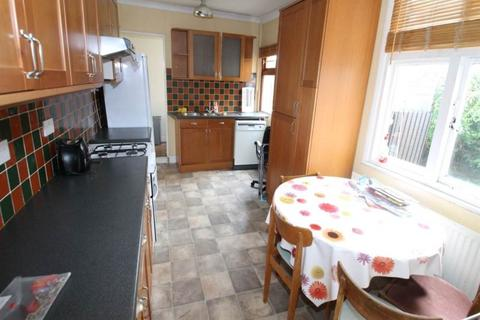 4 bedroom semi-detached house to rent - Brazil Street, Leicester,