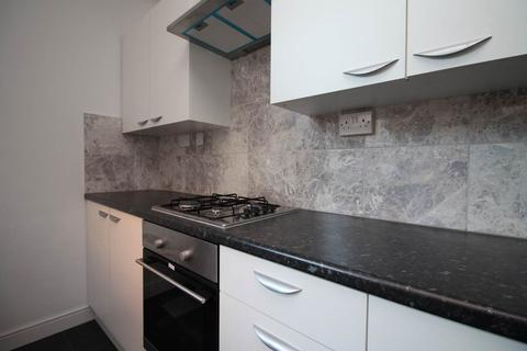 3 bedroom house to rent - Windemere Street, Leicester,