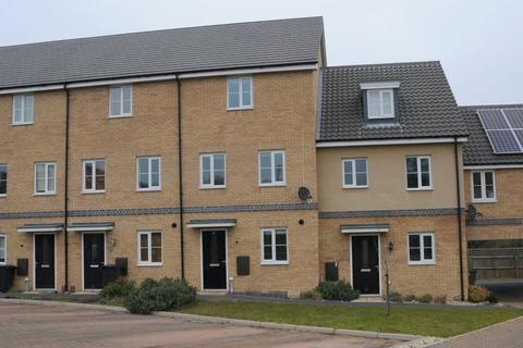 4 bedroom house to rent - New Costessey