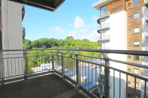 2 bedroom apartment for sale - Victoria Wharf, Watkiss Way, Cardiff Bay
