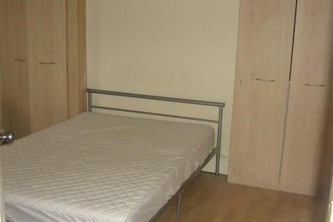 4 bedroom private hall to rent - Landcross Road, Fallowfield, Manchester