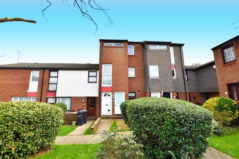 2 bedroom apartment for sale - The Hollies, Gravesend