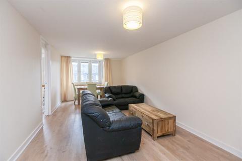 2 bedroom flat to rent - SAUNDERS STREET, STOCKBRIDGE  EH3 6TT