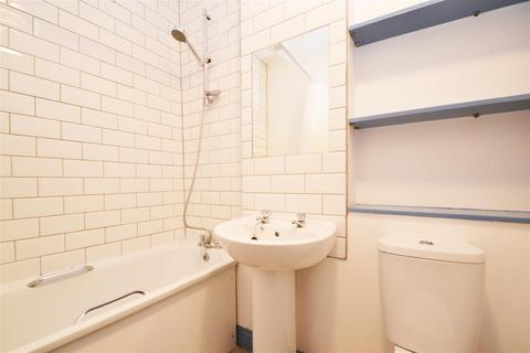 2 bedroom flat to rent - Lower Rock Gardens, Brighton, East Sussex,BN2 1PG