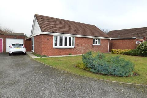2 bedroom detached bungalow for sale - Arundell Close, Westbury