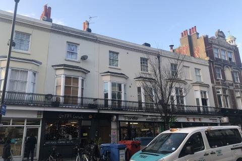 2 bedroom flat to rent - Queens Road
