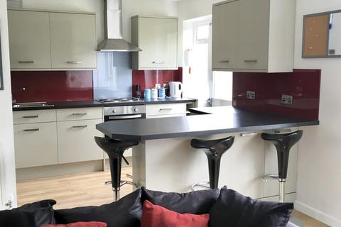 5 bedroom terraced house to rent - Taverner Place, Chichester