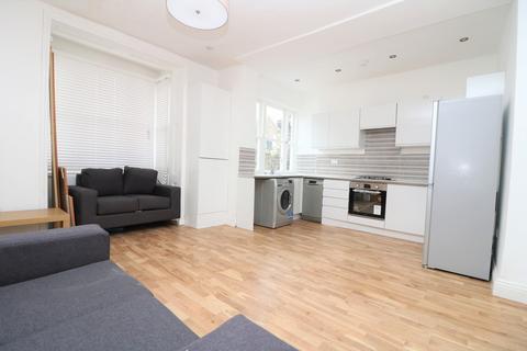 3 bedroom apartment to rent - Highbury, NW5