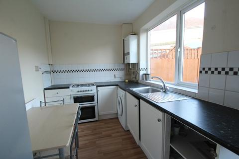 3 bedroom semi-detached house to rent - Thurcaston Road, Leicester