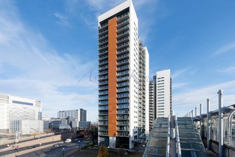 1 bedroom apartment to rent - Elektron Tower, London