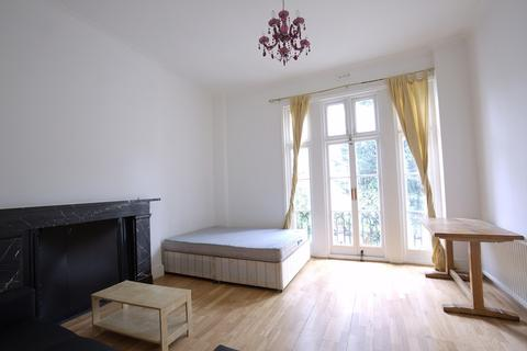 3 bedroom flat to rent - Holloway Road,  London, Greater London