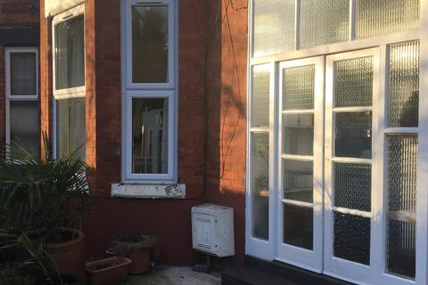 3 bedroom apartment to rent - Oak Avenue, Chorlton