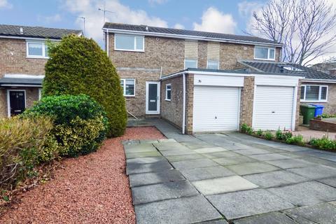2 bedroom semi-detached house for sale - Totnes Drive, Cramlington, Northumberland, NE23 1PN
