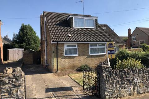2 bedroom bungalow to rent - Meadow View, Higham Ferrers, NN10 8EN