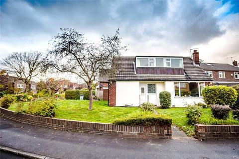3 bedroom detached house to rent - Springwood Hall Gardens, Huddersfield, West Yorkshire, HD1