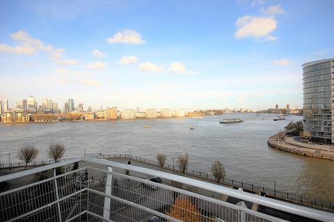 2 bedroom apartment to rent - Greenfell Mansions, Glaisher Street, Millennium Quay, London SE8