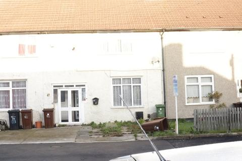 2 bedroom terraced house for sale - Valence Wood Road, Dagenham