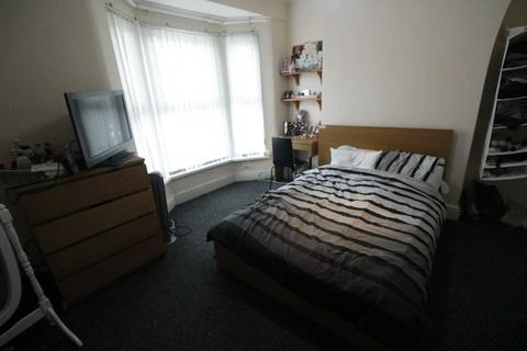 3 bedroom semi-detached house to rent - Adelaide Road, Liverpool