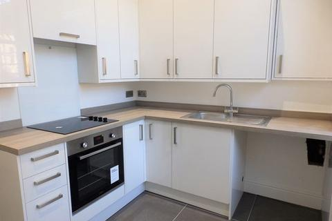 3 bedroom property to rent - Norfolk Square, BRIGHTON, East Sussex, BN1