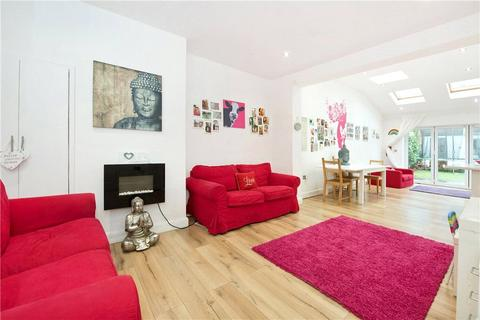 4 bedroom terraced house for sale - Nimrod Road, Furzedown, London, SW16