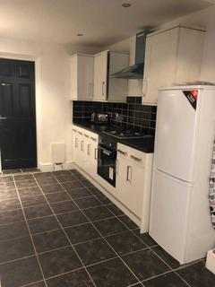 5 bedroom house share to rent - Halsbury Road, Liverpool