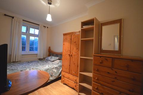1 bedroom house share to rent - Hesperus Crescent, Isle of Dogs