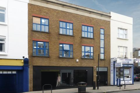 Mixed use to rent - Munster Road, Fulham, London, SW6