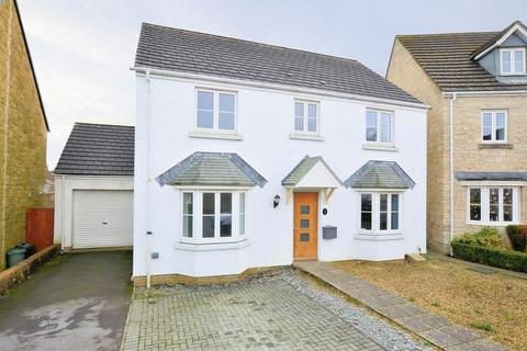 4 bedroom detached house for sale - Montgomery Drive, Tavistock