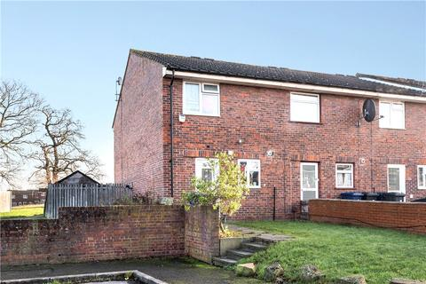 2 bedroom end of terrace house for sale - Blenheim Road, Northolt, Middlesex, UB5