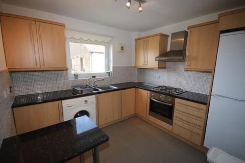 2 bedroom flat to rent - Clark Place, Trinity, Edinburgh